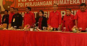 Megawati Hadiri Ikrar Pemenangan Djarot-Sihar