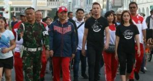 Artis Jakarta Ramaikan Car Free Day Medan