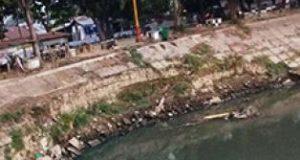 Pemerintah Didesak Perbaiki Dinding Pengaman Sungai di Martubung