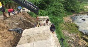 Walikota Perintahkan PU Medan Perbaiki Jalan Longsor