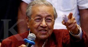 Mahathir Mohamad Menjadi PM Tertua di Dunia