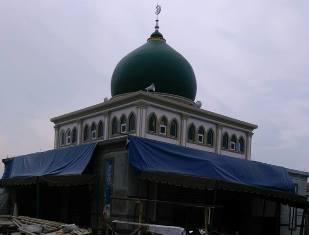 Ternak Babi Dekat Mesjid Al Huda Timbulkan Bau Menyengat