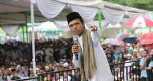 Ustadz Somad Imbau Sholat Subuh Berjamaah Sebelum ke TPS