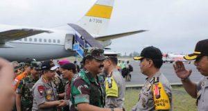 Panglima TNI Tinjau Pencarian Korban KM Sinar Bangun