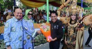 "Warga Antusias Saksikan ""Colorful Medan Carnaval"" 2018"